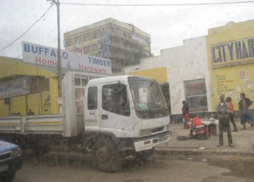 Ein Blick zum Straßenrand in Mthatha
