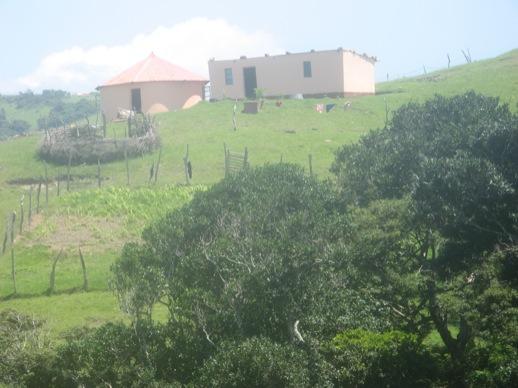 Häuser mit Kral und Garten