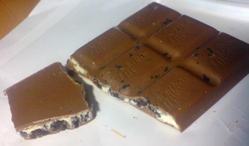 Bild von Milka-Schokolade mit Oreo-Keks-Stücken